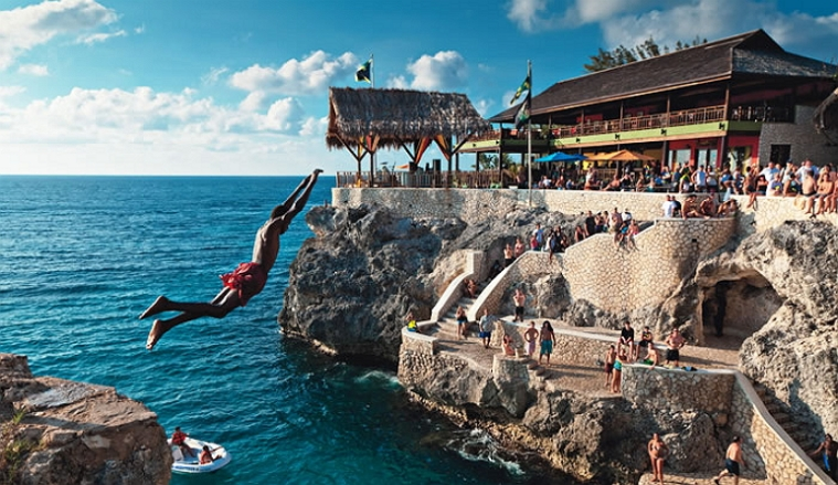 Rick's Cafe_Negril_Jamaica_Cliff_Diving